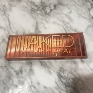 New Urban Decay Naked Heat Eye Shadow Palette